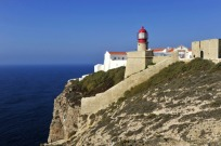 http---www.blogcdn.com-slideshows-images-slides-380-131-4-S3801314-slug-l-ligthouse-in-cabo-de-vincente-the-portuguese-coast-in-algarv-2